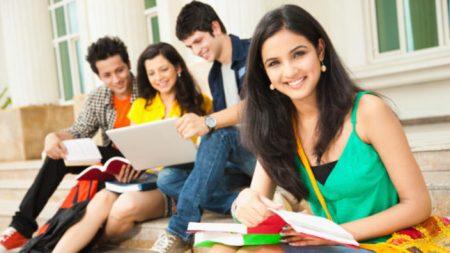 ભારતીય વિદ્યાર્થીઓના ઘટવાથી બ્રિટનને નુકસાન, અન્ય દેશોને લાભ.